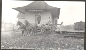 The first consignment of good for Harris Store, Hubert, B.C. (descriptions898)