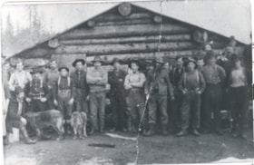 Grand Trunk Pacific railroad crew (descriptions965)