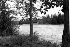 Telkwa's Railroad Bridge and Automobile Bridge. (descriptions1781)
