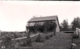Jack Sealy's ranch house, Driftwood, B.C. (descriptions2162)
