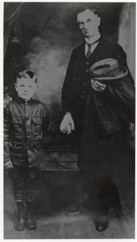 Joseph Coyle with son Patrick. (descriptions2296)
