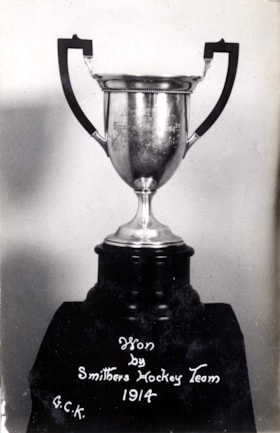 Trophy won by Smithers Hockey Team 1914 (descriptions2764)