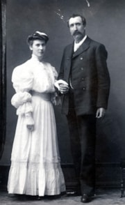 Jessie and Archibald McInnes (descriptions7875)