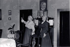 "Elvira Harding and Hilary Wearne in ""Arsenic and Old Lace"" (descriptions3072)"
