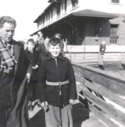 Stroet Family arriving at Smithers Train Station (descriptions6609)
