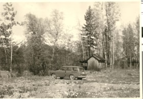 Car and shed at property near Lake Kathlyn (descriptions3734)