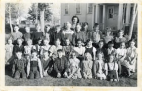 Smithers Elementary School grades 3, 4 and 5, 1949 (descriptions5541)