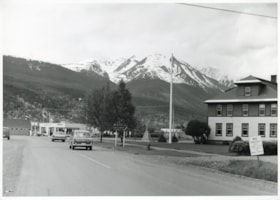 Government building at the start of Main Street, Smithers, … (descriptions5652)
