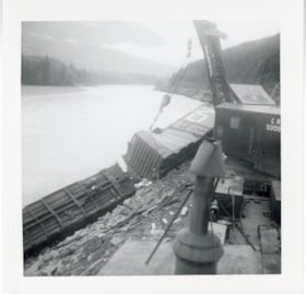 Canadian National Railways derailment, Bulkley River, B.C. (descriptions6272)