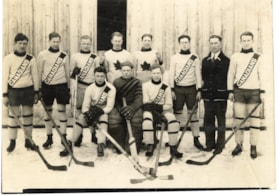 Smithers Canadians Hockey Team (descriptions6596)