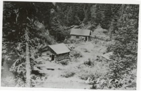 Bunkhouses of the Duthie Mine (descriptions6636)