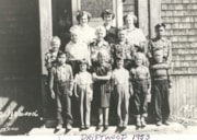 Driftwood School class photo (descriptions9071)