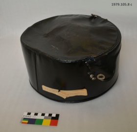 Ladies Hat, Hat Stand and Hat Box (artifacts413)