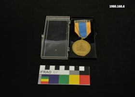 British Columbia Centennial '71 Pioneer Medal (artifacts3209)