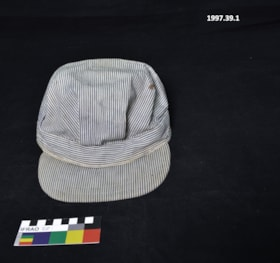 Hat (artifacts1735)