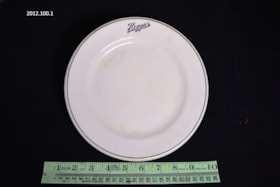 Plate (artifacts2972)