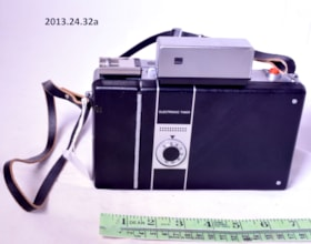 Polaroid 360 Land Camera (artifacts3054)