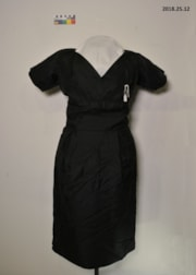 Dress (artifacts4036)